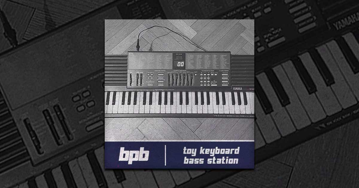 Toy Keyboard Bass Station Yamaha PSS-390 Free Sample Pack